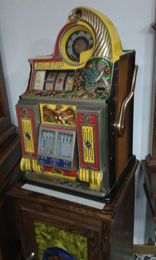 SLOT MACHINE WATLING Rol a top